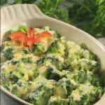 brokoliai-su-surio-padazu-receptai